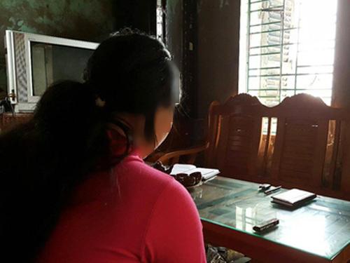 Nữ sinh Q.A. đã phải nghỉ học ỏ nhà nuôi con sau khi bị Vũ Văn Nam giở trò đồi bại
