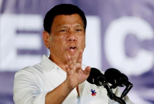 Tổng thống Philippines Rodrigo Duterte để ngỏ khả năng áp đặt thiết quân luật Ảnh: Reuters