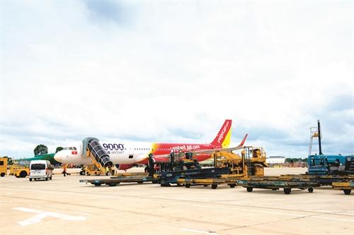 Vietjet Air có thêm đối thủ hàng không giá rẻ trên đường bay nội địa. Ảnh: vemaybayonline.net.vn