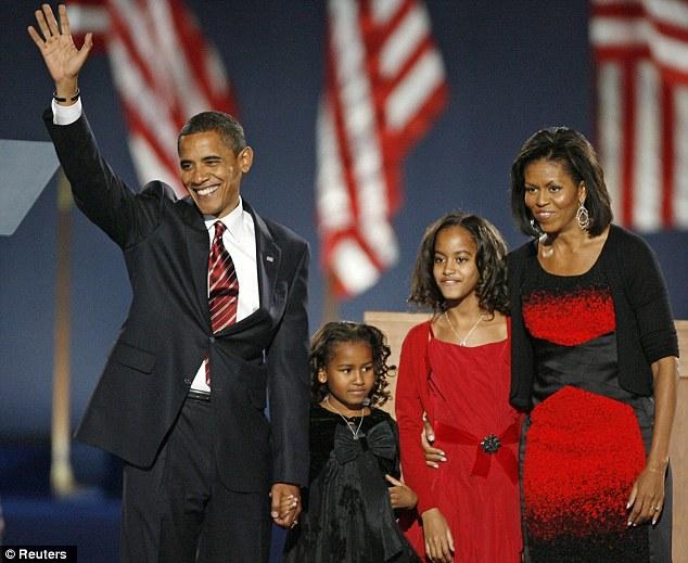 Sasha 7 tuổi và Malia 10 tuổi khi ông Obama đắc cử tổng thống Mỹ năm 2008. Ảnh: Reuters