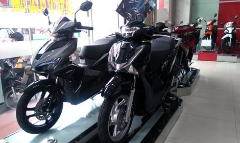 Mẫu xe tay ga SH của Honda Việt Nam luôn trong tình trạng thiếu xe bán cho khách hàng ở nhiều đại lý ủy quyền HEAD.