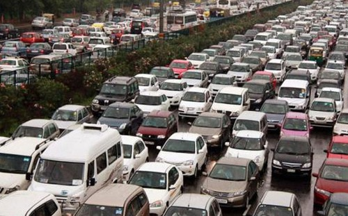Ấn Độ là công xưởng ôtô con của thế giới. Nước này áp dụng tiêu chuẩn Euro 3.