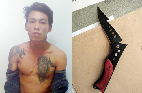 Trương Minh Hòa và con dao bấm trinh sát thu dưới gối nằm của Hòa.