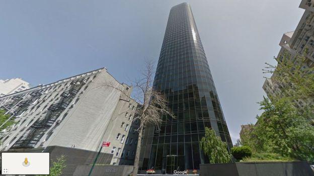 Tòa nhà nơi nạn nhân rơi xuống. Ảnh: Google