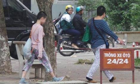 Hiếm khi hai mẹ con chị Trần Thị Hồng N. ra ngoài.