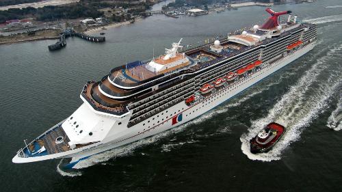 Vào năm 2015, có gần 15 triệu người du lịch một mình trên du thuyền ở Bắc Mỹ. Ảnh: Mysteriousuniverse.