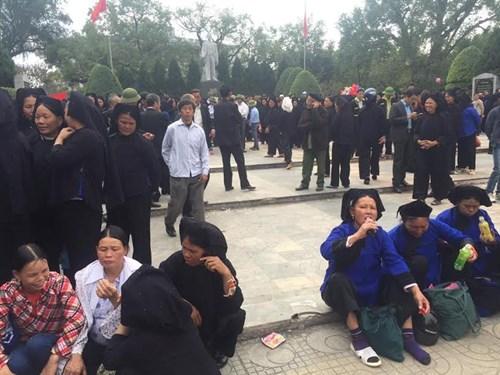 Hàng nghìn người tham gia hát Sli ở thành phố Lạng Sơn