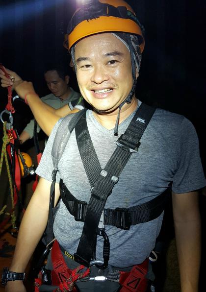 Trải nghiệm vượt Bức tường Việt Nam trong hang Sơn Đoòng - Ảnh 2.