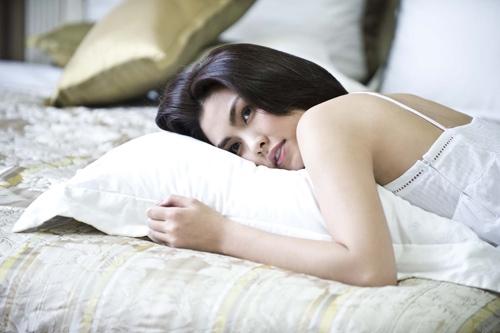Cách dưỡng da buổi sáng giúp bạn luôn tươi trẻ - Ảnh 1.
