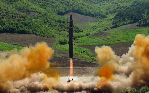 Tên lửa Triều Tiên có anh em song sinh ở Ukraine? - Ảnh 1.