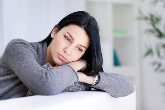 Chồng sắp cưới hủy hôn vì ghen với người cũ - Ảnh 1.