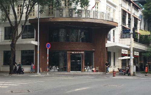 Cuộc vật lộn khi mở quán cà phê ở Sài Gòn - Ảnh 2.