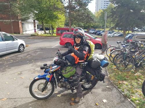 Chàng trai Việt đi xe máy đến Paris tiết lộ tổng kinh phí - Ảnh 2.