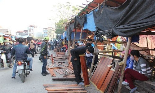 Những khu chợ chỉ bán một mặt hàng ở Việt Nam - Ảnh 1.