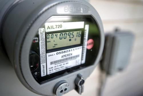 """""""Bỏ túi"""" mẹo tiết kiệm điện đơn giản khi giá điện tăng - Ảnh 1."""