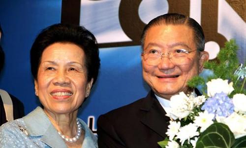 Tỷ phú Thái Lan mua Sabeco từng bán hàng rong - Ảnh 1.