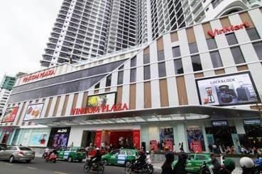 Gần 70.000 lượt khách đến Vincom Plaza Lê Thánh Tôn, Nha Trang ngày khai trương - Ảnh 1.