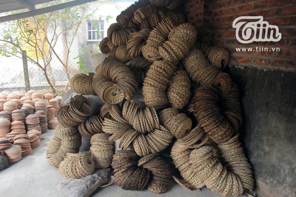 Cận cảnh quy trình chế biến món cá kho làng Vũ Đại đắt nhất Việt Nam