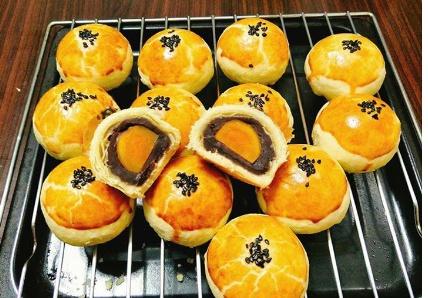 Phát sốt với những loại bánh trung thu đẹp không nỡ ăn - Ảnh 3.