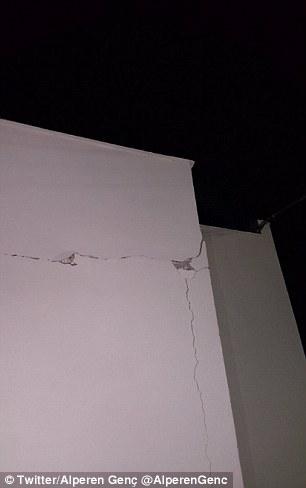 Động đất mạnh ở Thổ Nhĩ Kỳ, gây chết người ở Hy Lạp - Ảnh 5.