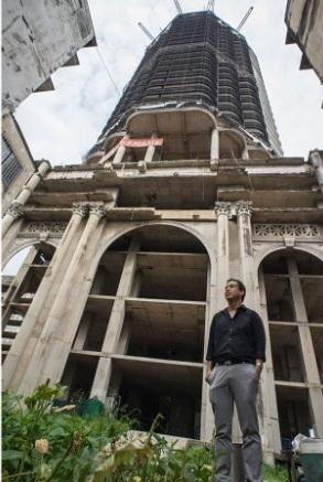 """Lạnh gáy với """"Tòa tháp ma"""" chọc trời giữa lòng Bangkok - Ảnh 11."""