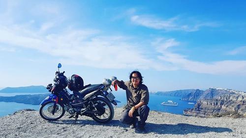 Chặng đường 20.000 km đi xe máy đến Paris của chàng trai Việt - Ảnh 5.