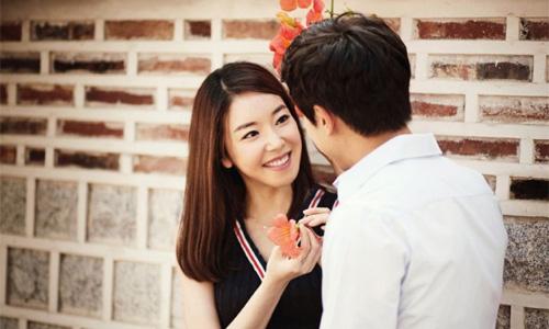 Nếu hẹn hò với anh ta bạn thấy tương lai mờ mịt, cuộc sống bấp bênh… đấy là lúc bạn nên xem xét lại mối quan hệ này. (ảnh minh họa)