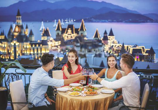 Đón năm mới rực rỡ tại Vinpearl Land Nha Trang - Ảnh 12.