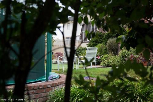 Cận cảnh khu phố nhà giàu tại Mỹ từng bị bán với giá 90.000 USD - Ảnh 10.