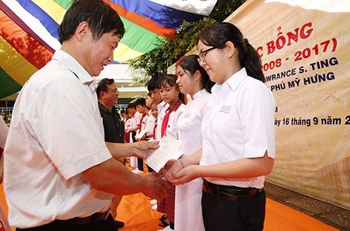 Học bổng Lawrence S.Ting: 10 năm đồng hành cùng Trường THCS An Thành, Tây Ninh - Ảnh 2.