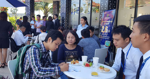 Đông đảo khách hàng tham gia ra mắt tổ hợp dự án MIK ở quận 9, TP HCM