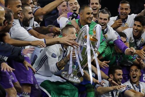 Real Madrid mơ chinh phục cú ăn 5 lịch sử - Ảnh 1.