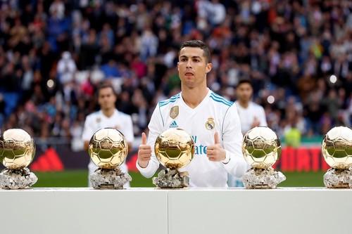 Mở đại tiệc 5 sao, Real Madrid thắng hủy diệt Sevilla - Ảnh 2.
