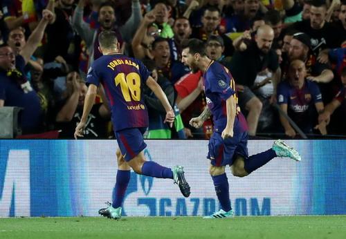 Hai pha đá phản, tân binh Girona thua sốc Barcelona - Ảnh 3.