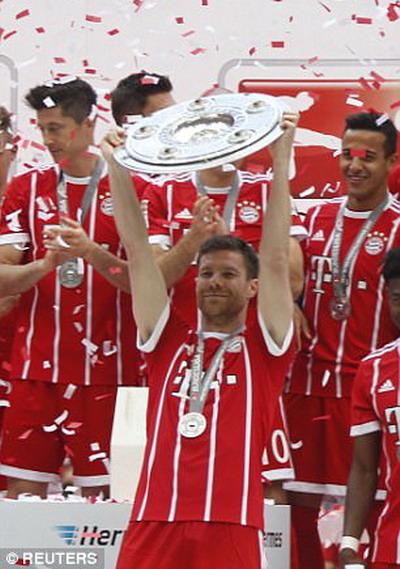 Bayern Munich giã biệt Lahm và Alonso - Ảnh 8.