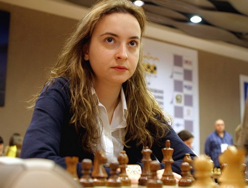 Stefanova Antoaneta, kỳ thủ nữ số 10 thế giới