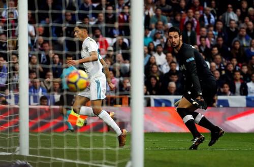 Mở đại tiệc 5 sao, Real Madrid thắng hủy diệt Sevilla - Ảnh 5.