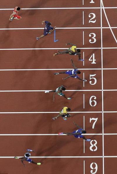 Lần cuối đua tài 100m, tượng đài Usain Bolt thảm bại - Ảnh 4.