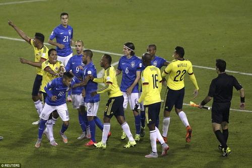 Tiết lộ sốc: Neymar – trùm gây hấn - Ảnh 4.