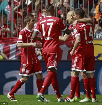 Bayern Munich giã biệt Lahm và Alonso - Ảnh 4.