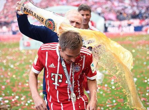 Bayern Munich giã biệt Lahm và Alonso - Ảnh 13.