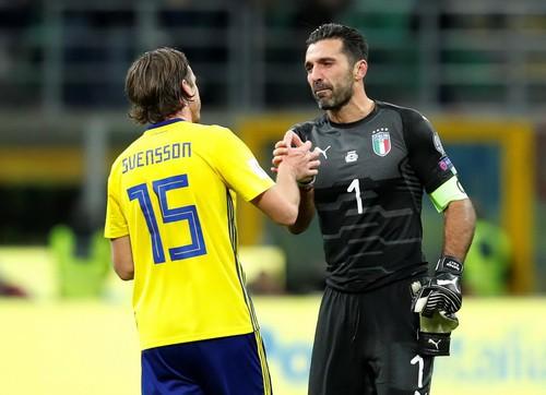 Dứt điểm kém, Ý mất vé World Cup vào tay Thụy Điển - Ảnh 7.