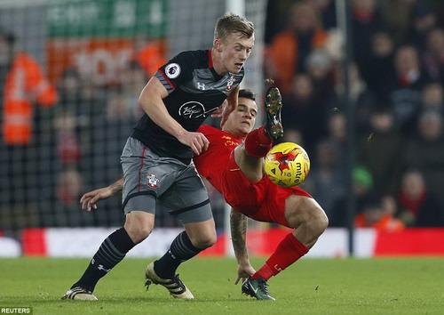 Coutinho không giúp được Liverpool lật ngược tình thế