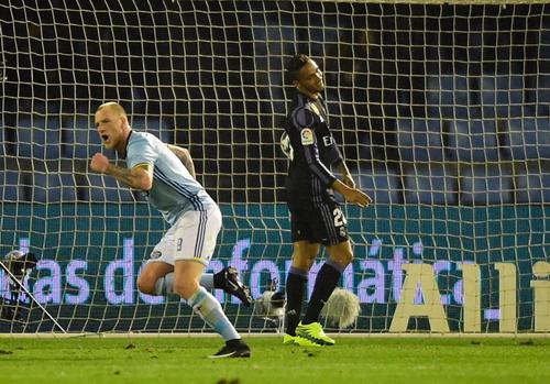 Danilo thất vọng sau pha đá phản lưới nhà phút 44