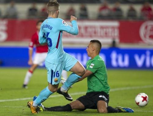 Trình làng hàng công mới, Barcelona trút giận trận mở màn Cúp Nhà vua - Ảnh 3.