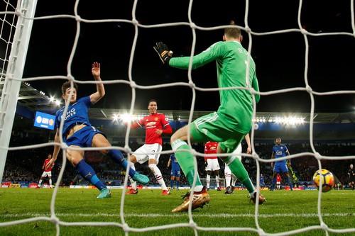 Thủng lưới phút bù giờ, Man United ôm hận với Leicester - Ảnh 6.
