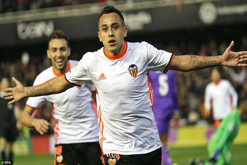 Fabian Orellana nhân đôi cách biệt cho đội chủ nhà sau 9 phút