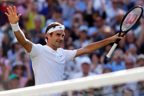 Sốc với nguyên nhân Djokovic bỏ cuộc ở tứ kết Wimbledon - Ảnh 8.