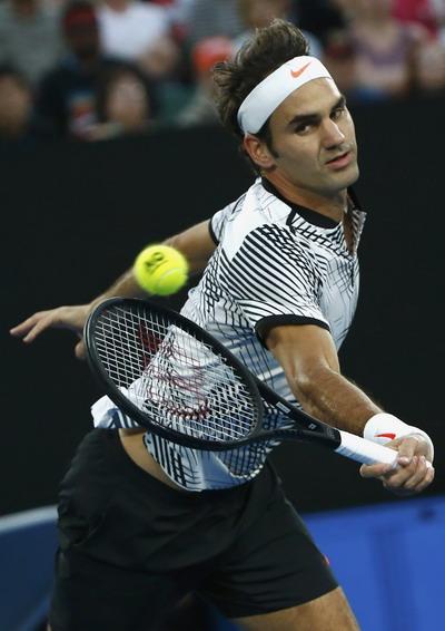 Federer chờ đối đầu cùng Kyrgios ở tứ kết