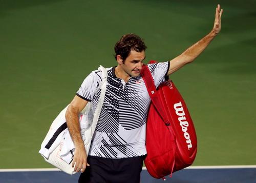 Tay vợt 7 lần vô địch Federer nói lời chia tay sớm ATP Dubai